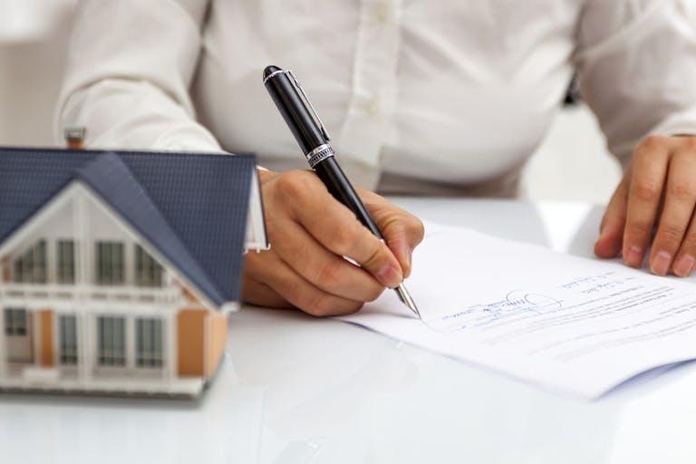目的別に登記事項証明書を取得しよう 必要書類は条件で変わる
