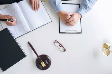 不動産の個人売買契約書の作り方を解説!困った時の対処法も学ぼう!