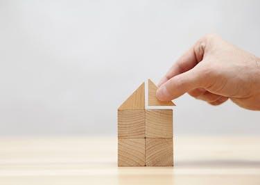 アパートの経営に耐用年数は影響するのか 築古の対処法も解説